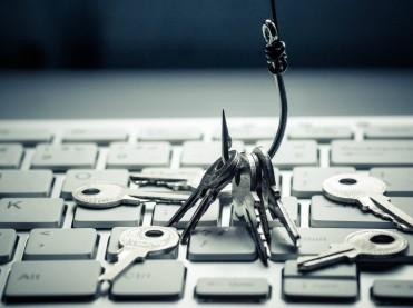 Google proti CNIL – pravice do odstranitve povezav na domenah Googla izven EU ni?!